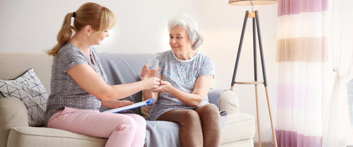 Polnische Pflegekräfte: Hilfe bei der Betreuung von Pflegebedürftigen