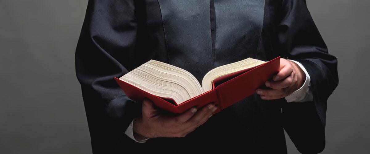 Gesetze zur Pflege: Die rechtlichen Grundlagen