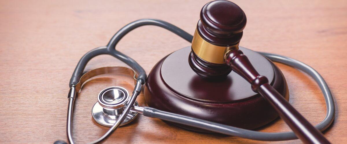 Recht: Die wichtigsten Gesetze zu Vorsorge und Pflege