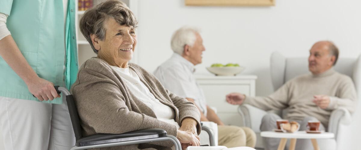 Altenheim: Wohn- und Pflegeheim für Senioren