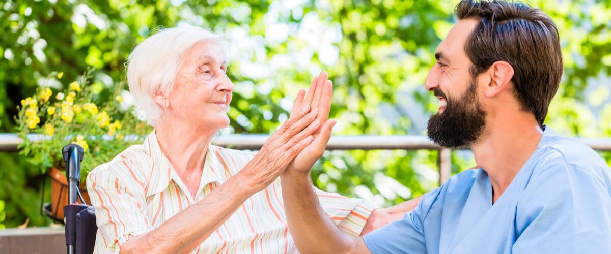 Pflegekräfte: Studie untersucht psychische Belastung in der Pflege
