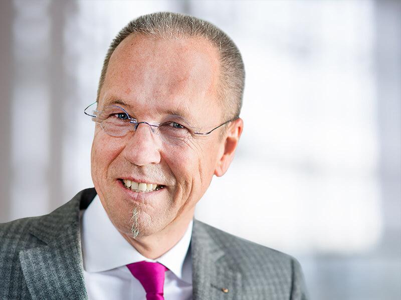 Rechtsanwalt und Notar Dr. Andreas Lohmeyer