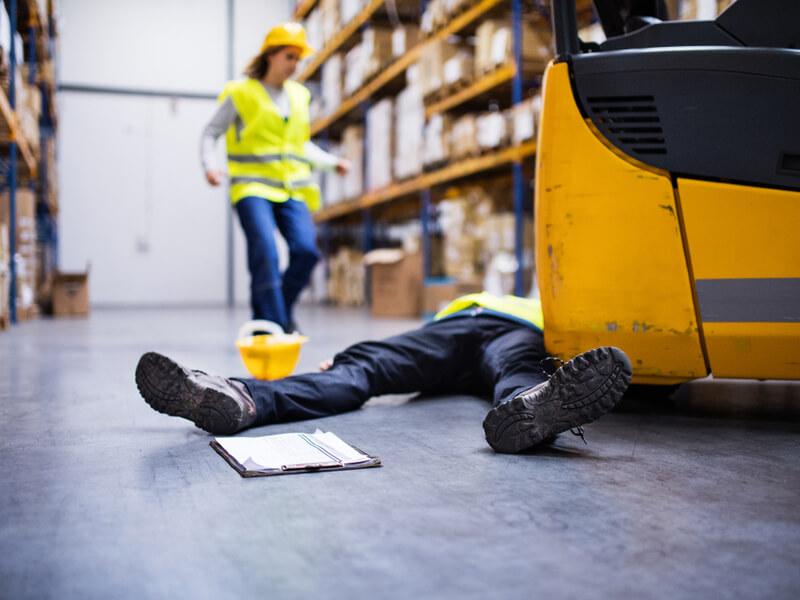 Unfall am Arbeitsplatz: Für solche Fälle finanziell vorsorgen mit der Berufsunfähigkeitsversicherung